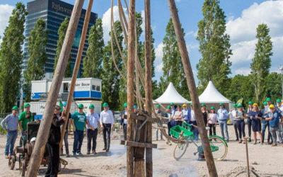 Eerste paal nieuw pand Technische Unie in Utrecht geslagen