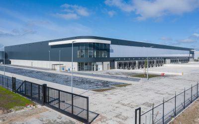 Pleijsier Bouw levert distributiecentrum Zeewolde op aan Borghese Logistics en Tristan Capital Partners